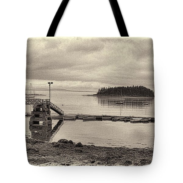 Sorrento Harbor Boats 4 Tote Bag