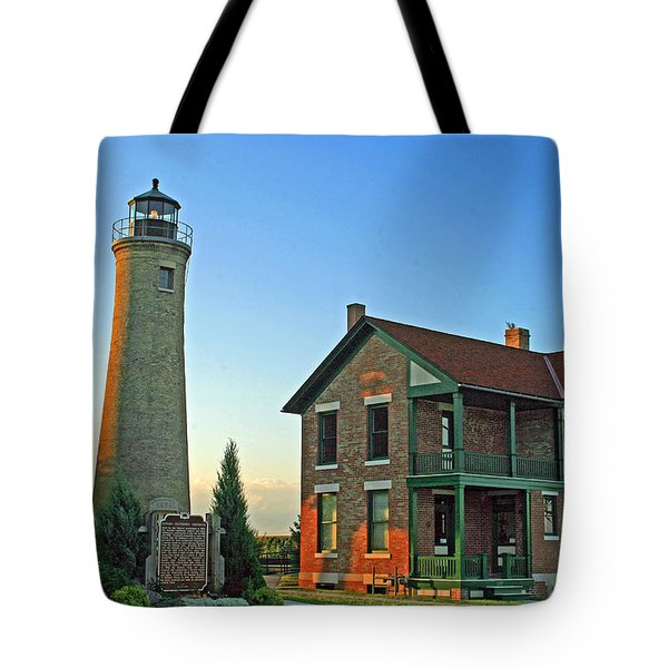 Tote Bag featuring the photograph Southport Lighthouse On Simmons Island by Kay Novy