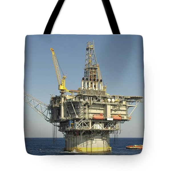 Spar Type Oil Rig With Flare And Boat Tote Bag