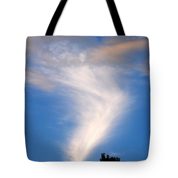 Spectacular Show 2 Tote Bag