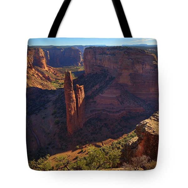 Tote Bag featuring the photograph Spider Rock Sunrise by Alan Vance Ley