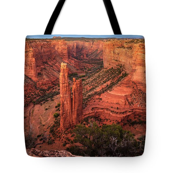 Tote Bag featuring the photograph Spider Rock Sunset by Alan Vance Ley