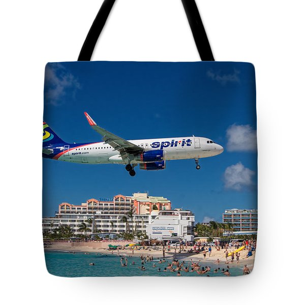 Spirit Airlines Low Approach To St. Maarten Tote Bag
