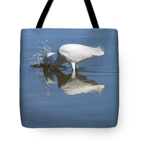 Tote Bag featuring the photograph Splash by Phyllis Beiser