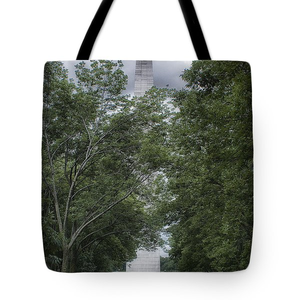 Tote Bag featuring the photograph St Louis Arch by Lynn Geoffroy