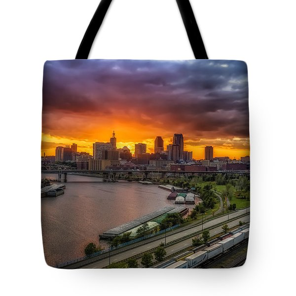 St. Paul Sunset Tote Bag by Mark Goodman