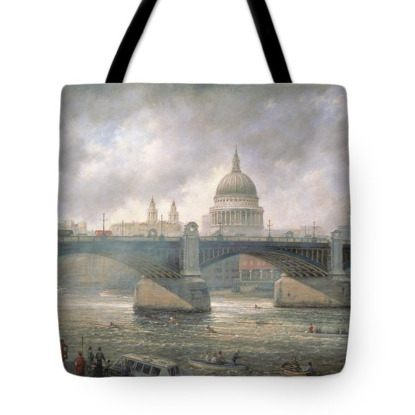 St. Paul's Cathedral From The Southwark Bank Tote Bag by Richard Willis