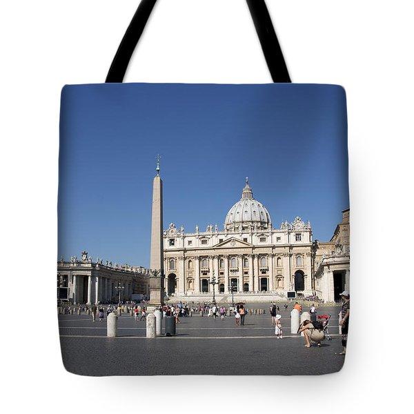 St Peter's Square. Vatican City. Rome. Lazio. Italy. Europe Tote Bag