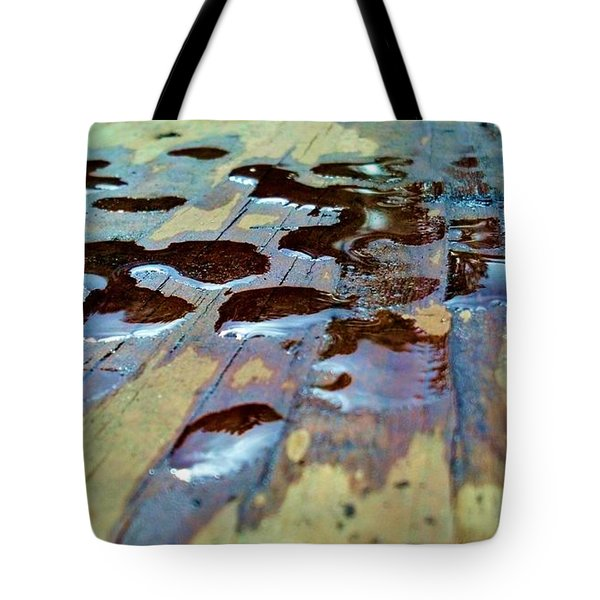 Tote Bag featuring the photograph Standing Drops by Tyson Kinnison