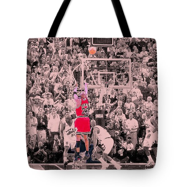 Tote Bag featuring the photograph Standing Out From The Rest Of The Crowd by Brian Reaves