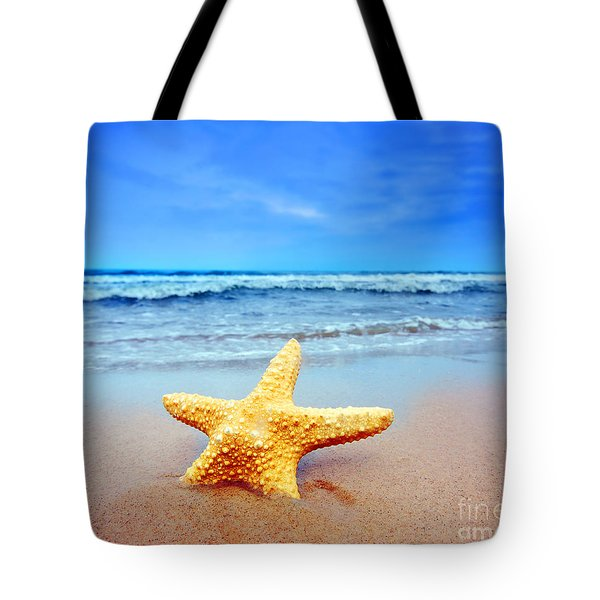 Starfish On A Beach   Tote Bag