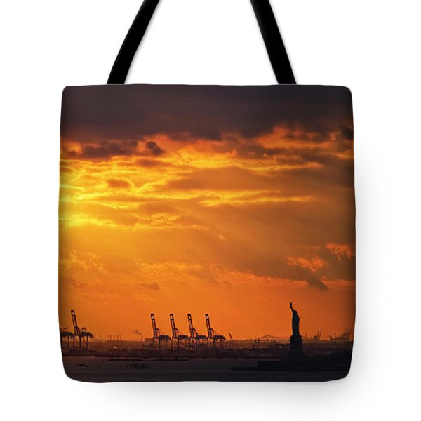 Statue Of Liberty At Sunset. Tote Bag