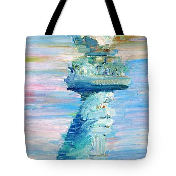Statue Of Liberty - The Torch Tote Bag by Fabrizio Cassetta