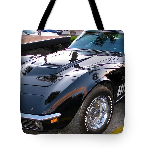 Stinging Stingray Tote Bag