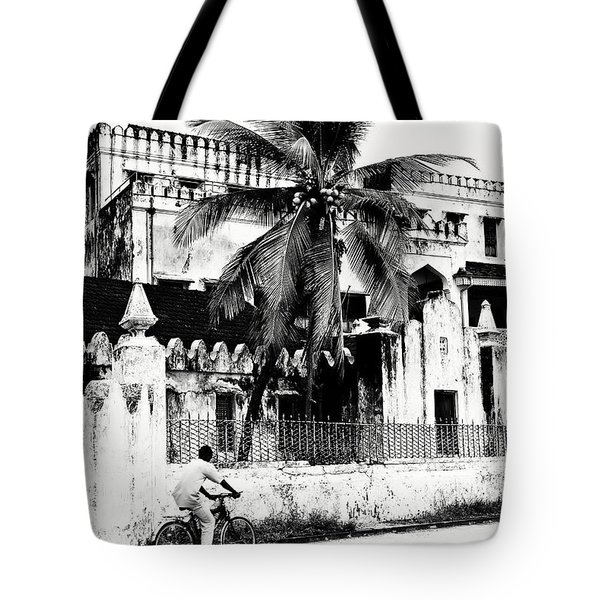 Tanzania Stone Town Unguja Historic Architecture - Africa Snap Shots Photo Art Tote Bag by Amyn Nasser