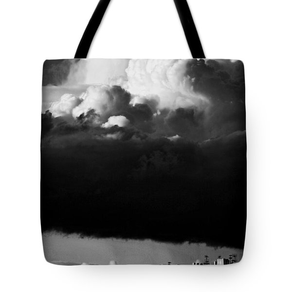 Tote Bag featuring the photograph Stormclouds Approaching by Craig B