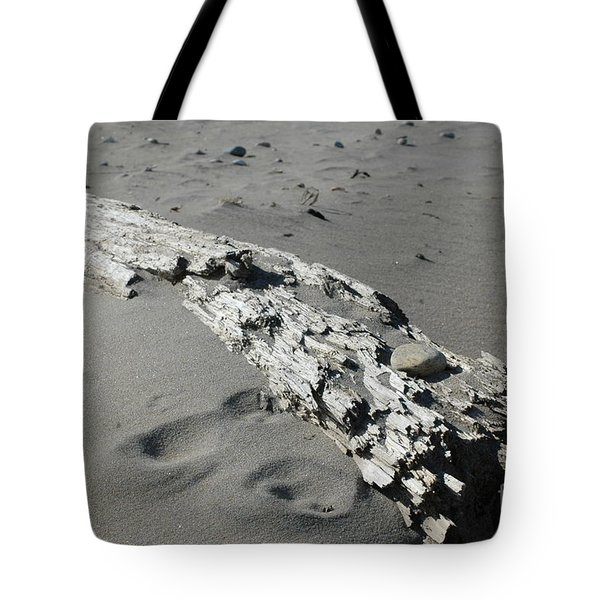 Tote Bag featuring the photograph Stranded by Christiane Hellner-OBrien