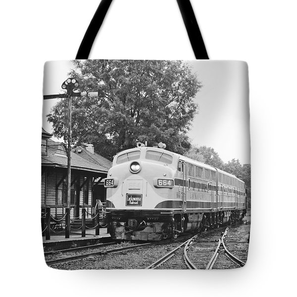 Streamliners Festival -- Post Process Tote Bag