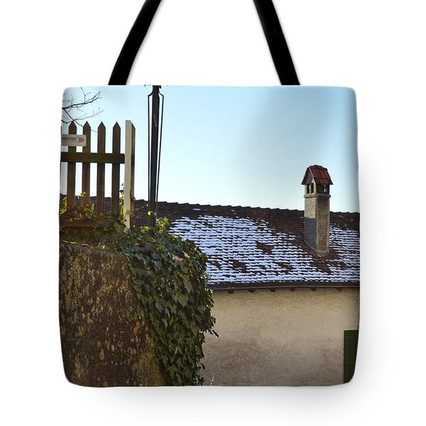 Tote Bag featuring the photograph Street Lamp At The Castle  by Felicia Tica
