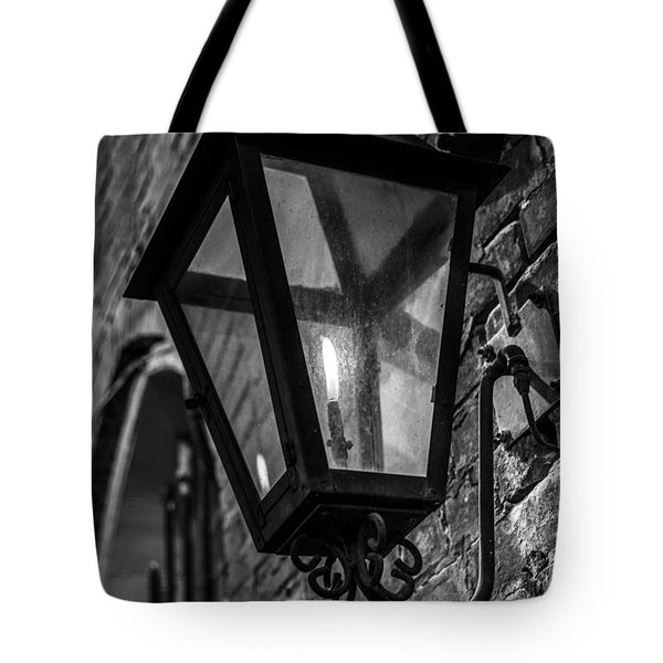 Street Light In Black And White Tote Bag by John McGraw