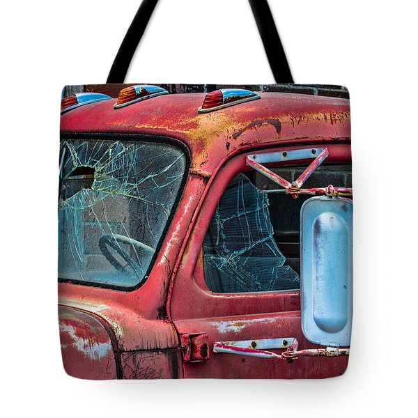 Tote Bag featuring the photograph Strong City Red by Steven Bateson