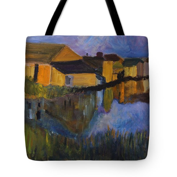 Distinction Tote Bag