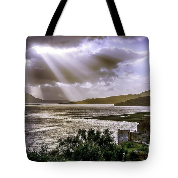 Sun Rays Over Eilean Donan Castle Tote Bag