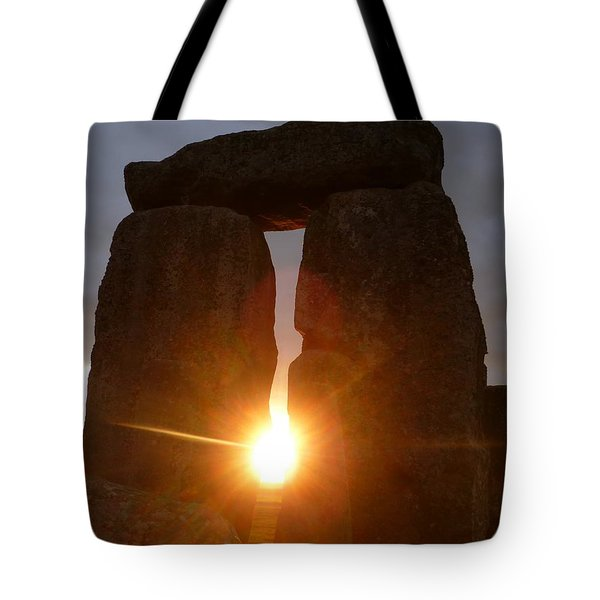 Tote Bag featuring the photograph Sunburst by Vicki Spindler