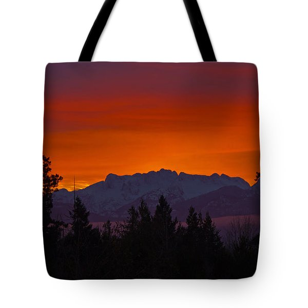 Sundown Tote Bag by Randy Hall