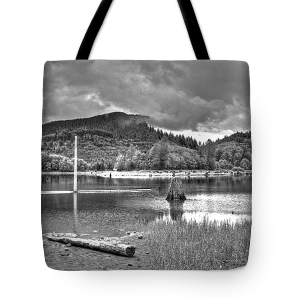Sunny Beach Point 3 Tote Bag