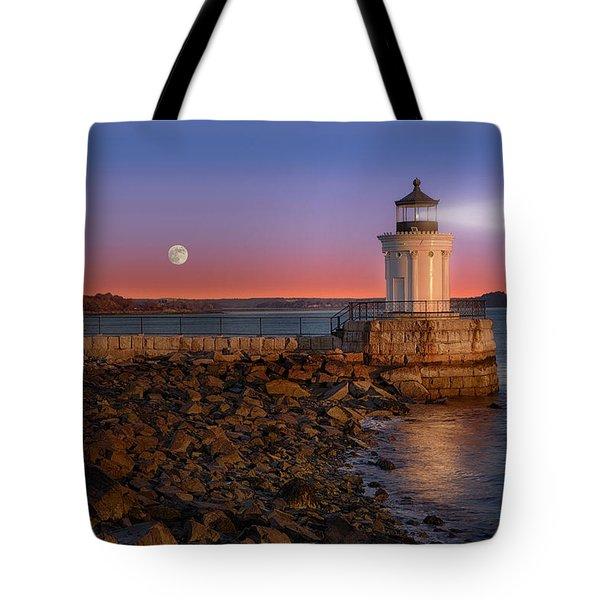 Sunrise At Bug Light Tote Bag by Susan Candelario