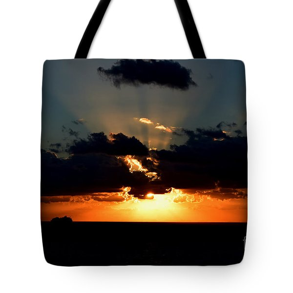 Sunset Cruise Tote Bag by Gary Smith