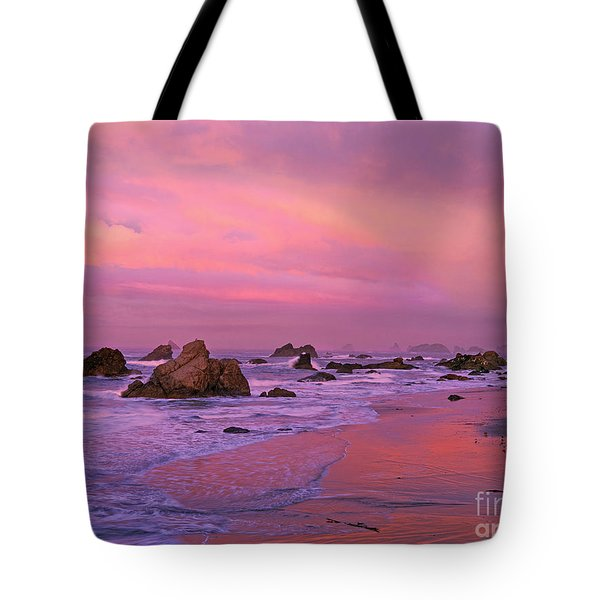 Tote Bag featuring the photograph Sunrise On Sea Stacks Harris Sb Oregon by Dave Welling