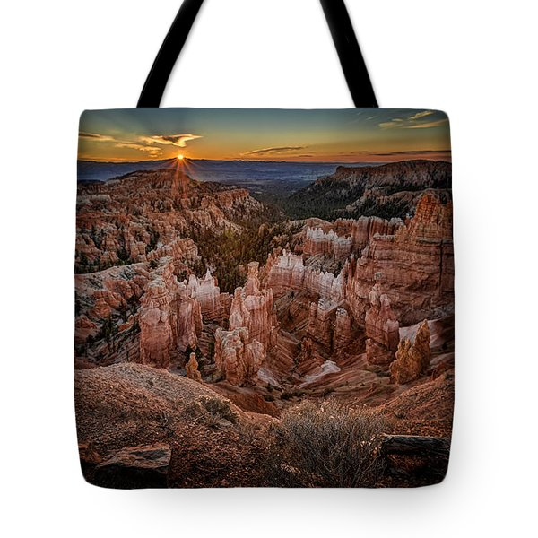 Sunrise Over Bryce Canyon Tote Bag