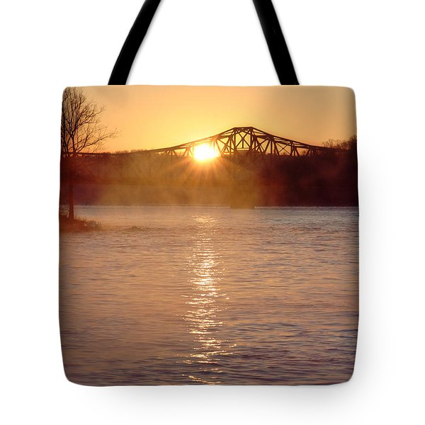 Sunrise Over Table Rock Tote Bag
