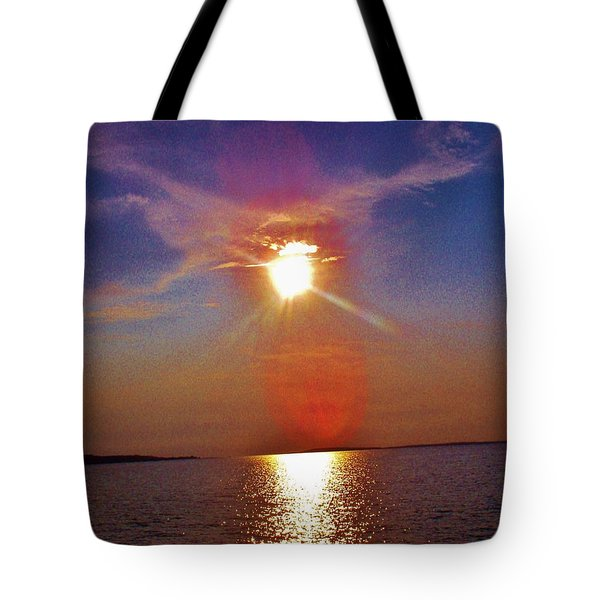 Tote Bag featuring the photograph Sunrise Over The Big Mac by Daniel Thompson