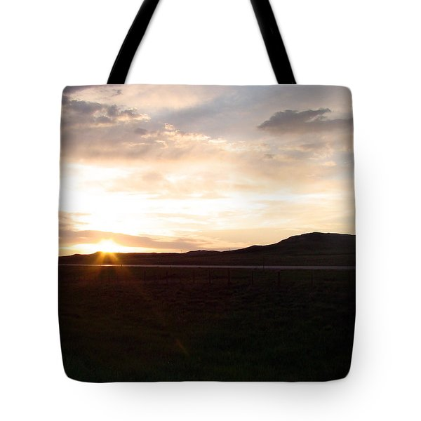 Tote Bag featuring the photograph Sunset Across I 90 by Cathy Anderson