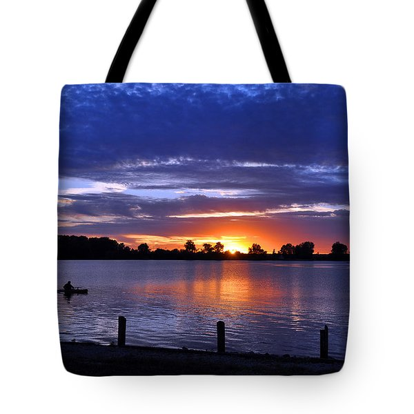 Sunset At Creve Coeur Park Tote Bag