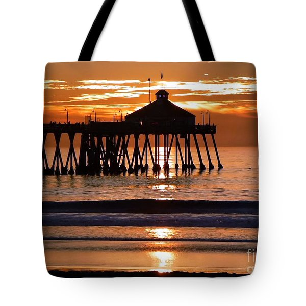 Sunset At Ib Pier Tote Bag