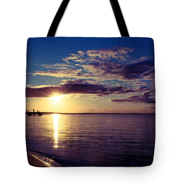 Tote Bag featuring the photograph Sunset At Monkey Mia by Yew Kwang