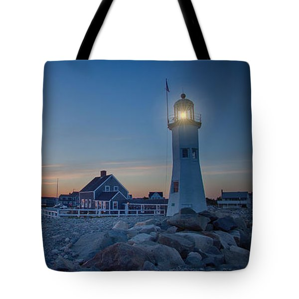 Tote Bag featuring the photograph Sunset At Scituate Light by Jeff Folger