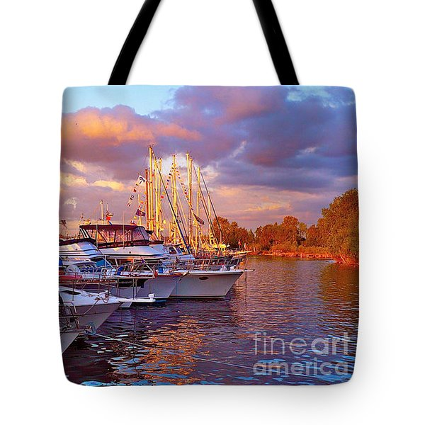Sunset Before The Show Tote Bag by Gem S Visionary