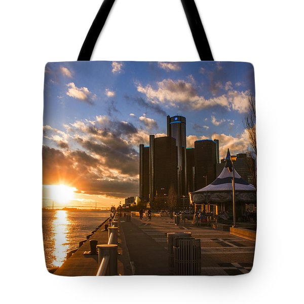 Sunset In Detroit  Tote Bag