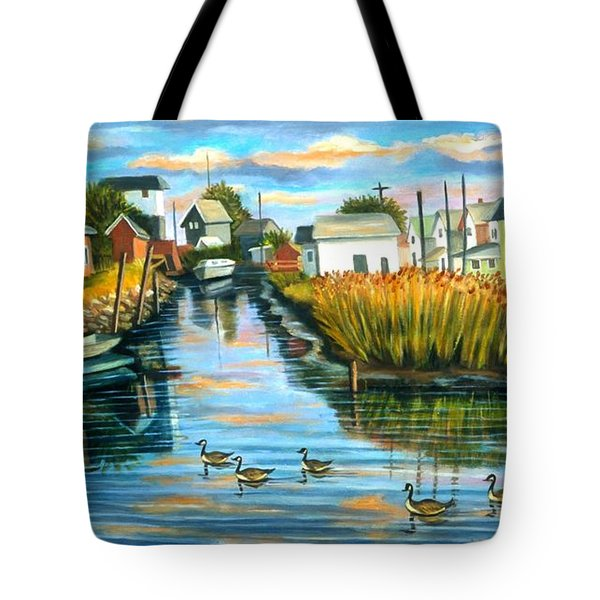 Sunset In Hamilton Beach. Tote Bag