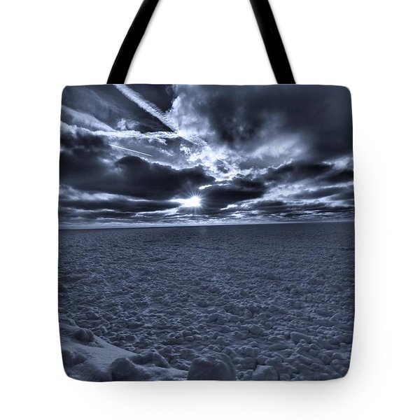 Sunset In The Arctic Tote Bag by Dan Sproul