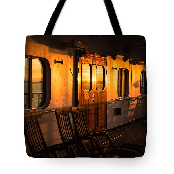 Sunset At Sea Tote Bag