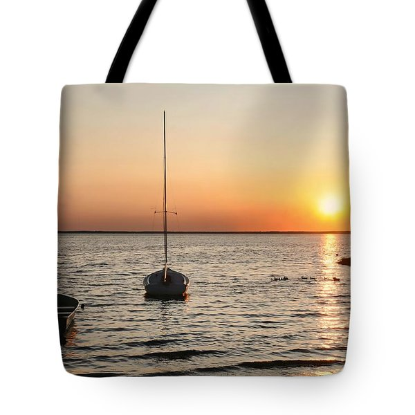 Sunset On Lbi Tote Bag by Diana Angstadt