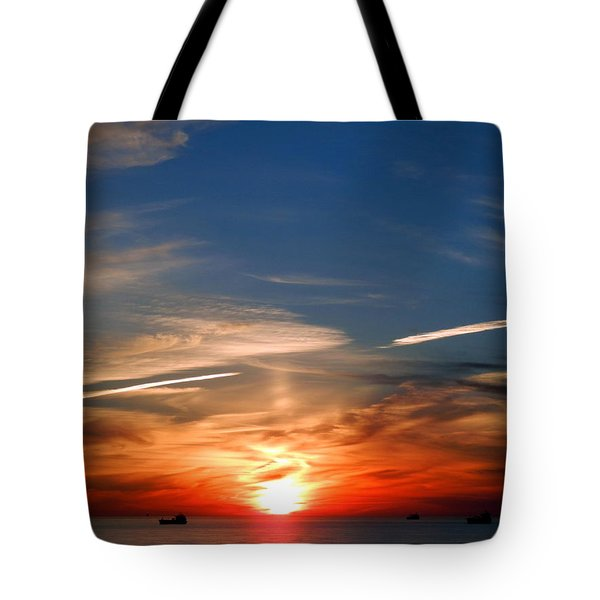 Sunset On The Gulf Of Mexico Tote Bag by Debra Martz