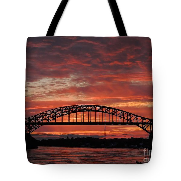 Sunset On The Piscataqua         Tote Bag