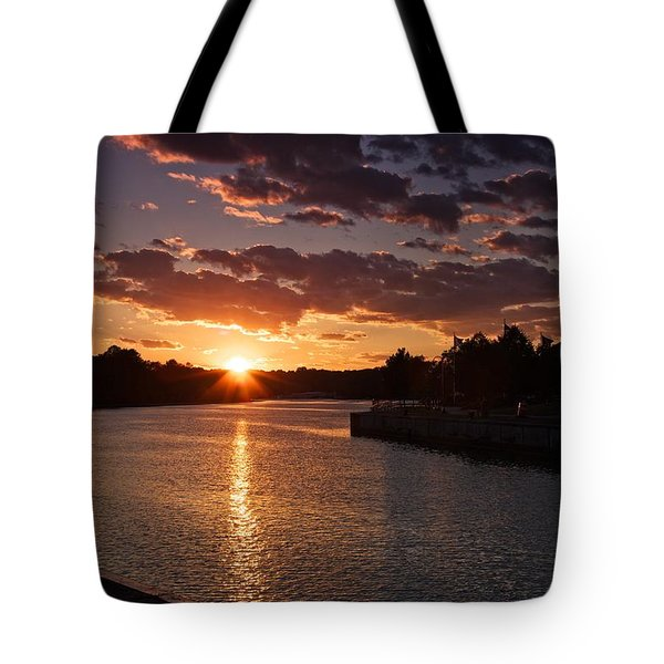Sunset On The River Tote Bag by Dave Files
